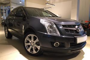 Авто Cadillac SRX, 2010 года выпуска, цена 900 000 руб., Москва