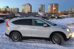 Автомобиль Honda CR-V, отличное состояние, 2014 года выпуска, цена 1 450 000 руб., Москва