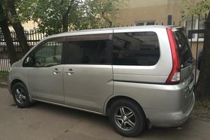 Автомобиль Nissan Serena, отличное состояние, 2006 года выпуска, цена 600 000 руб., Москва