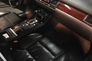 Подержанный автомобиль Audi A8, хорошее состояние, 2008 года выпуска, цена 750 000 руб., Екатеринбург