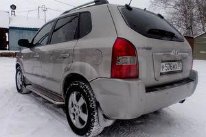 Автомобиль Hyundai Tucson, среднее состояние, 2005 года выпуска, цена 420 000 руб., Ханты-Мансийск