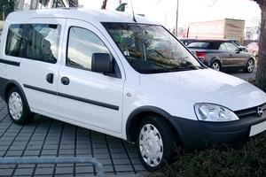 Автомобиль Opel Combo, отличное состояние, 2006 года выпуска, цена 350 000 руб., Ялта