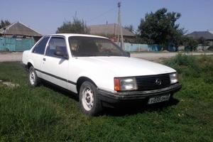 Автомобиль Opel Rekord, хорошее состояние, 1981 года выпуска, цена 40 000 руб., Краснодарский край