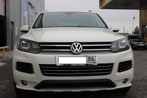 Автомобиль Volkswagen Touareg, отличное состояние, 2011 года выпуска, цена 1 800 000 руб., Сургут