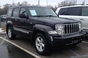 Автомобиль Jeep Cherokee, хорошее состояние, 2008 года выпуска, цена 850 000 руб., Нижневартовск