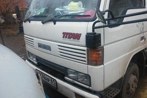 Автомобиль Mazda Titan, хорошее состояние, 1993 года выпуска, цена 220 000 руб., Каменск-Шахтинский