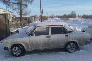 Подержанный автомобиль ВАЗ (Lada) 2107, битый состояние, 2010 года выпуска, цена 80 000 руб., Челябинск