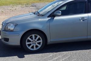 Автомобиль Toyota Avensis, хорошее состояние, 2007 года выпуска, цена 580 000 руб., ао. Ханты-Мансийский Автономный округ - Югра