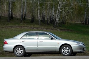 Автомобиль Mazda Capella, хорошее состояние, 2002 года выпуска, цена 180 000 руб., Бердск
