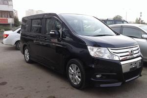 Автомобиль Honda Stepwgn, отличное состояние, 2010 года выпуска, цена 870 000 руб., Абакан
