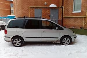 Автомобиль Volkswagen Sharan, отличное состояние, 2003 года выпуска, цена 340 000 руб., Тверь