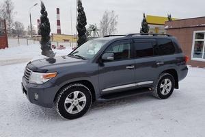 Подержанный автомобиль Toyota Land Cruiser, отличное состояние, 2014 года выпуска, цена 3 350 000 руб., Пушкино
