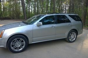 Автомобиль Cadillac SRX, отличное состояние, 2005 года выпуска, цена 499 000 руб., Протвино
