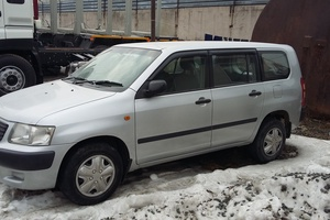 Автомобиль Toyota Succeed, хорошее состояние, 2005 года выпуска, цена 360 000 руб., Владивосток