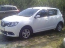 Подержанный Renault Sandero, белый , цена 555 000 руб. в Челябинской области, отличное состояние