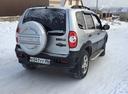 Подержанный Chevrolet Niva, серебряный металлик, цена 400 000 руб. в ао. Ханты-Мансийском Автономном округе - Югре, отличное состояние