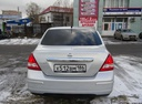 Подержанный Nissan Tiida, серебряный , цена 400 000 руб. в ао. Ханты-Мансийском Автономном округе - Югре, хорошее состояние