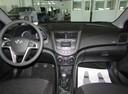 Подержанный Hyundai Solaris, серебряный, 2016 года выпуска, цена 678 000 руб. в Ростове-на-Дону, автосалон ОЗОН АВТО