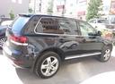 Подержанный Volkswagen Touareg, черный , цена 900 000 руб. в ао. Ханты-Мансийском Автономном округе - Югре, хорошее состояние
