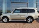 Подержанный Mitsubishi Pajero, бежевый, 2007 года выпуска, цена 859 000 руб. в Екатеринбурге, автосалон