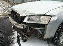 Подержанный Audi A8, серебряный металлик, цена 700 000 руб. в ао. Ханты-Мансийском Автономном округе - Югре, битый состояние
