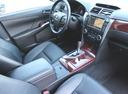 Подержанный Toyota Camry, белый, 2013 года выпуска, цена 1 199 000 руб. в Екатеринбурге, автосалон