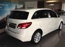 Новый Mercedes-Benz B-Класс, белый , 2016 года выпуска, цена 1 600 000 руб. в автосалоне УралАвтоХаус Магнитогорск