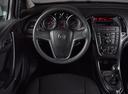 Подержанный Opel Astra, серебряный, 2013 года выпуска, цена 599 000 руб. в Воронеже, автосалон FRESH Воронеж
