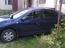 Подержанный Renault Logan, синий металлик, цена 350 000 руб. в Челябинской области, битый состояние