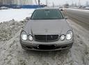 Подержанный Mercedes-Benz E-Класс, бежевый , цена 500 000 руб. в Санкт-Петербурге, отличное состояние