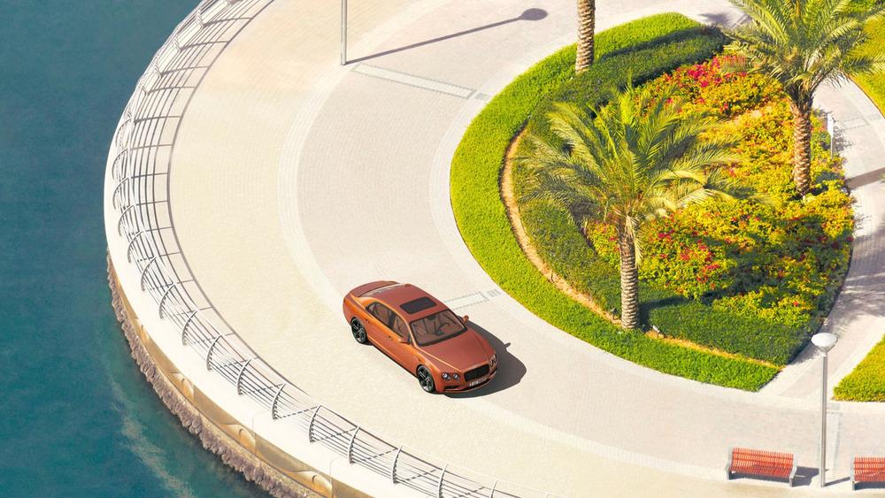 Бентли обнародовала 58-гигапиксельное фото седана Flying Spur W12 S