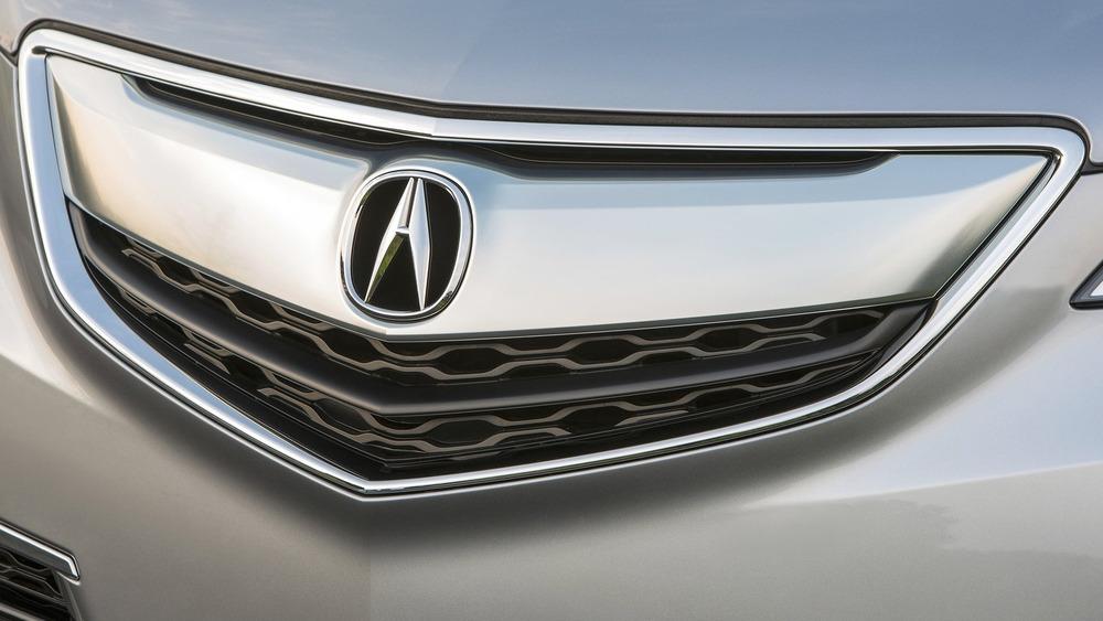 решётка радиатора Acura TLX