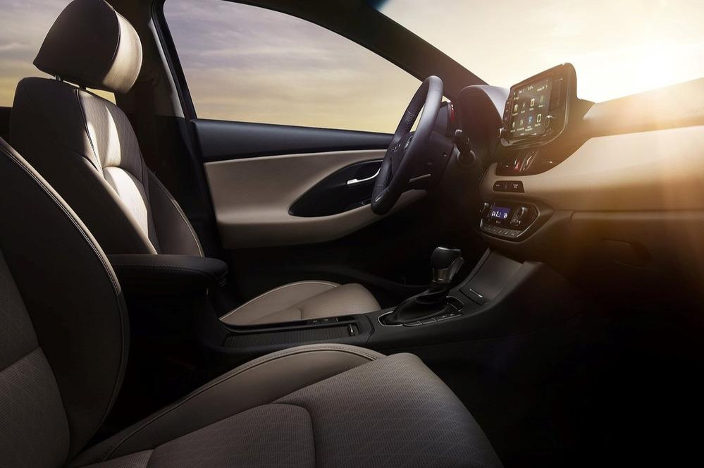 Фотогалерея Hyundai i30 GT.