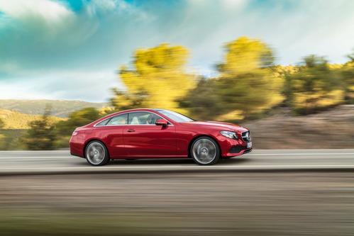 Фотогалерея нового Mercedes E-Class Coupe.