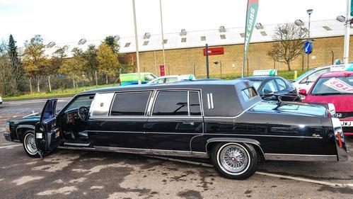 Старый лимузин Трампа выставили на продажу в Великобритании.
