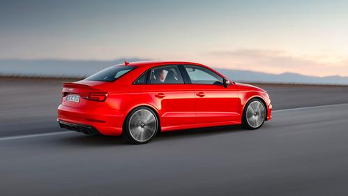 Фотогалерея самого мощного четырёхдверного Audi RS3.