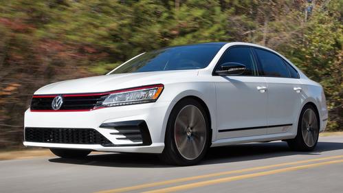 Официальные фотографии американского Volkswagen Passat GT - смотреть фото на Am.ru.