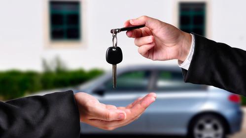 Am.ru назвал 10 моделей автомобилей меньше всего дешевеющих за год.