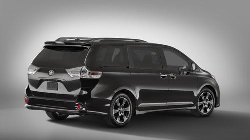 Toyota Sienna стала больше похожа на модель Mirai.