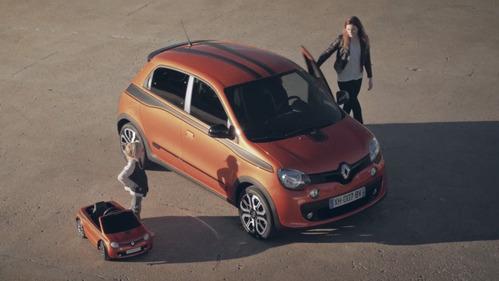 Девочка-дрифтер снялась в рекламе Renault.