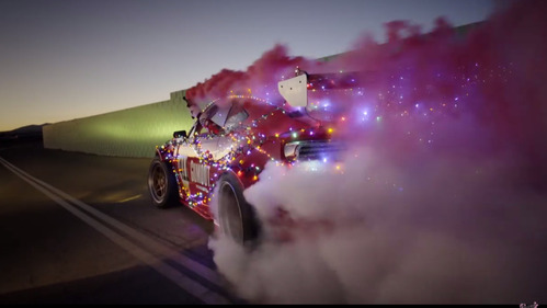 GT86 с мотором от Ferrari превратили в сани Санты.