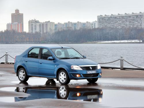 Фотогалерея Renault Logan, Sandero и  Sandero Stepway первого поколения.