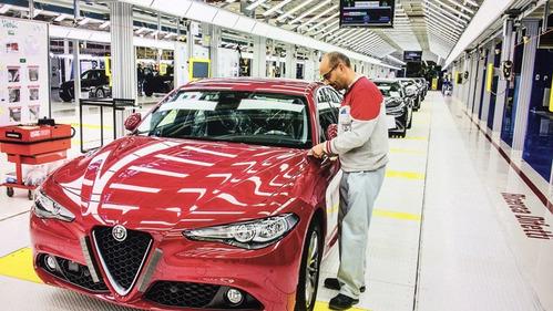 Из-за кроссовера Alfa Romeo Stelvio отпала необходимость в Giulia Sportwagon.