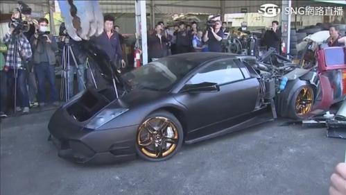 Lamborghini Murcielago SV разорвали на мелкие кусочки на Тайване.Новости Am.ru