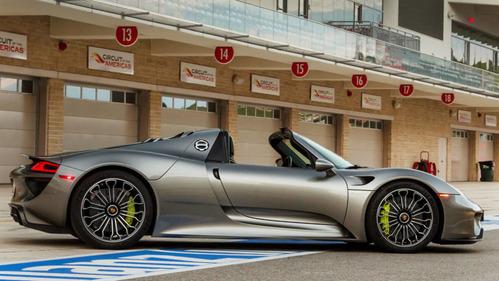 Единственный в России Porsche 918 Spyder снова отзывают.