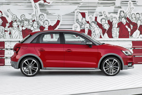 Audi представила новые аксессуары и стайлинг-пакет для A1. Новости от am.ru