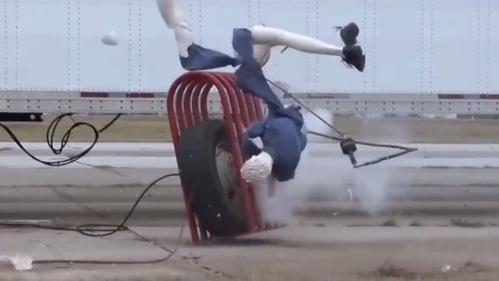 Видео о том, почему стоит опасаться автомобильных шин.