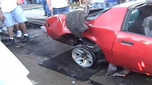 Невероятный неожиданный никем исход отжига резины на Camaro!