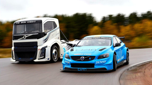 Гоночные грузовик и седан Volvo сошлись в дуэли – смотреть видео на Am.ru