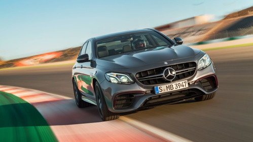 Официальные фотографии Mercedes-AMG E63 4Matic+ - смотреть фото на Am.ru.